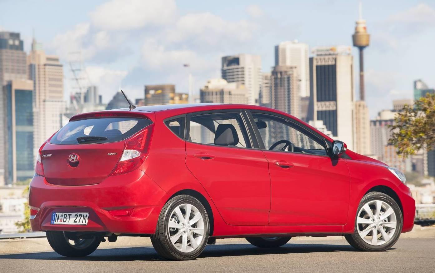 2018 Hyundai Accent Sport Rear Top10cars Marks