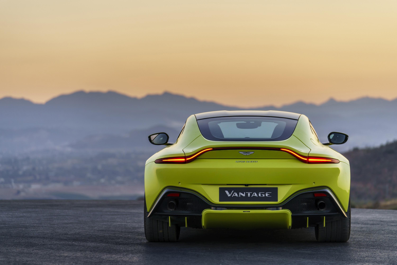 2018 Aston Martin Vantage Revealed With 4 0 Litre Twin Turbo V8