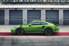 2018 Porsche 911 GT3 RS revealed, faster and more power than ever before