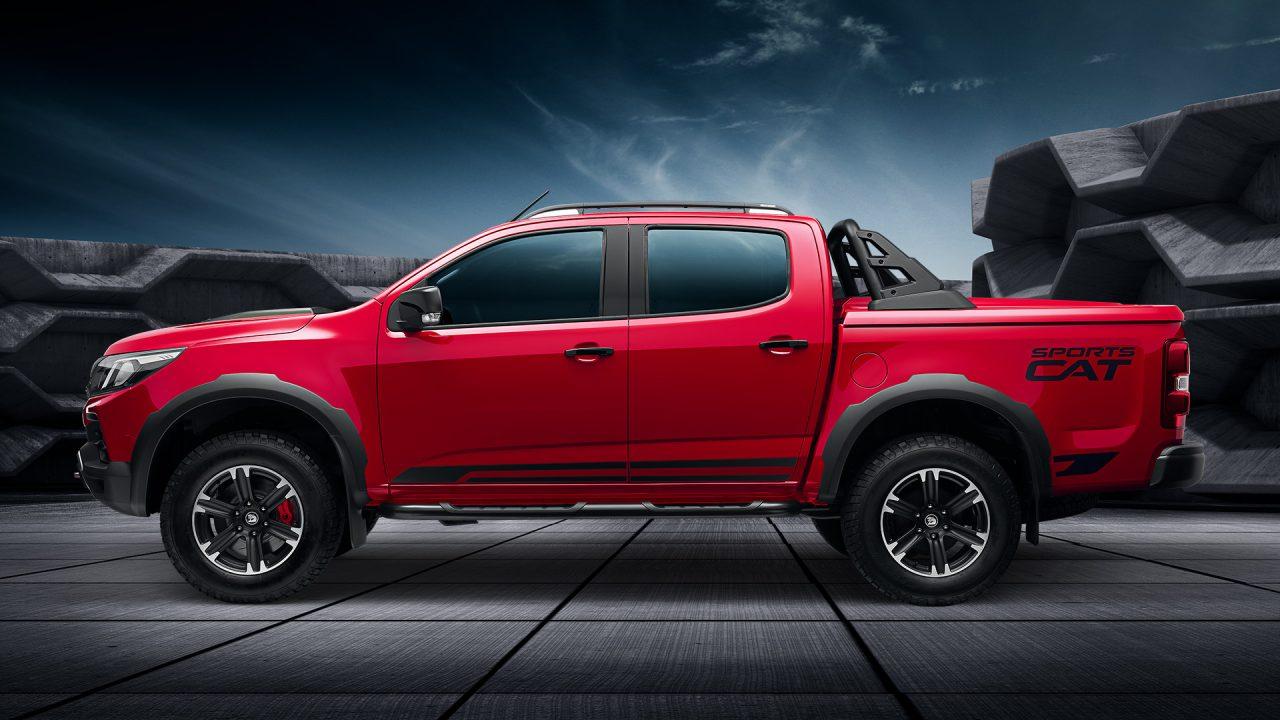 Ford Ranger Raptor vs HSV Colorado SportsCat vs Toyota
